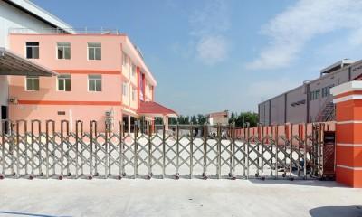 Cổng xếp inox lắp cho nhà máy tại Hồ Chí Minh